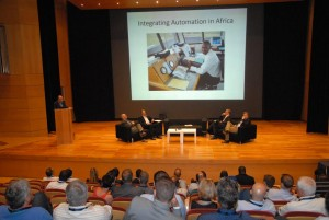 Sesión de trabajo en la 53 Conferencia de IFATCA.